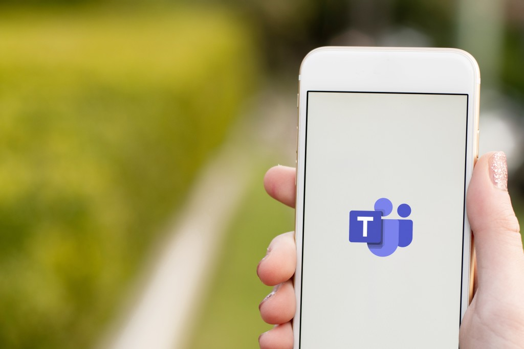 Microsoft Teams icon shown on phone screen